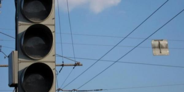 На одному із найнебезпечніших перехресть Кременчука сьогодні не працюватиме світлофор