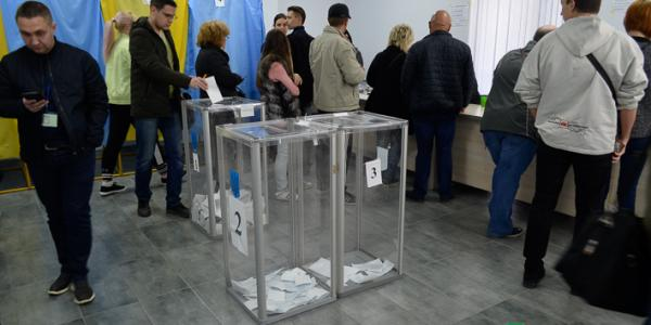 65,4% виборців прийшли до дільниць у Кременчуці голосувати за Президента України