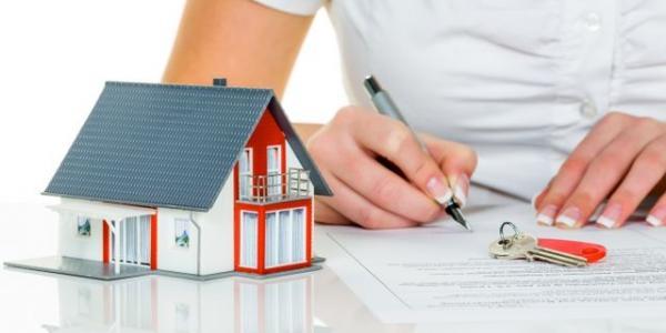 Нерухомість: подарувати, заповісти або оформити договір довічного утримання?