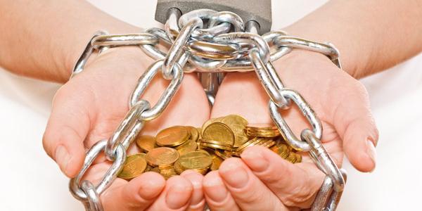Впечатляющие суммы: долги за «коммуналку» исчисляются миллионами