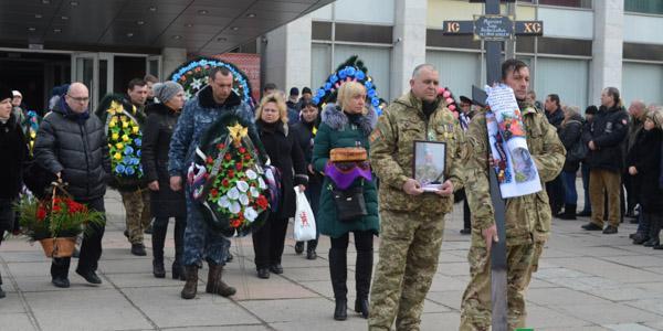 Кременчук попрощався із земляком та бійцем АТО Ігорем Мусійко