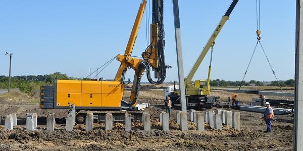 Під Кременчуком почали будувати шляхопровід та транспортну розв'язку за півмільярда гривень