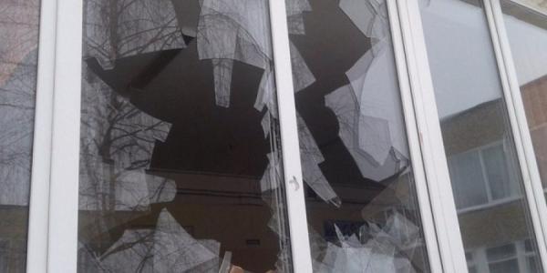 У кременчужанина викрали телевізор через розбите вікно
