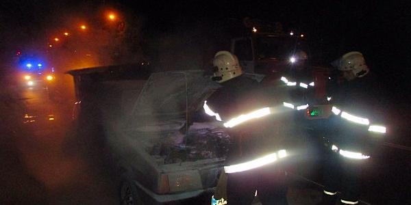 Жигулі загорілися через несправність паливної системи