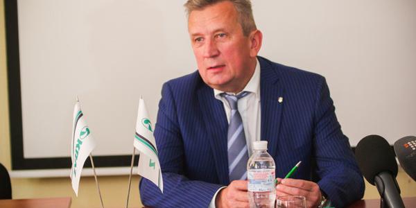 Гендиректор КрАЗу Черняк заспокоїв: відрахування до Пенсійного фонду робимо вчасно щомісяця