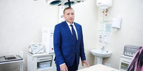 Хваленые Малецким новые кровати в детской больнице: полиция открыла уголовные производства