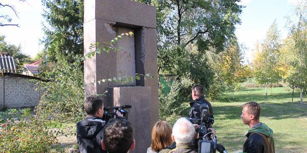 Разрушенный памятник педагогу Макаренко затянет на несколько сотен тысяч гривень