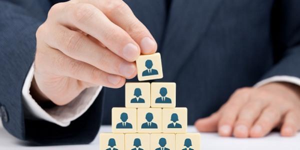 В мэрии Кременчуга грядет реорганизация отделов и управлений, что приведет к очередному увеличению штатов