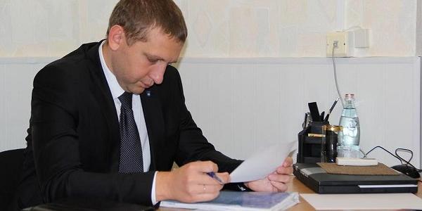Отакої: юруправління виконкому має подати позов в суд на мера Малецького