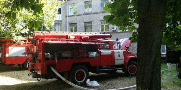 Кого винить в возгорании на чердаке Третьей горбольницы  – выясняют сразу две комиссии