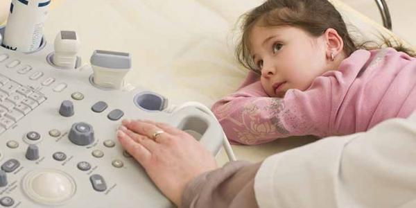 За оперативними даними з регіонів, 146 осіб – діти, що мають гостру форму захворювання V ступеню і потребують невідкладної допомоги.