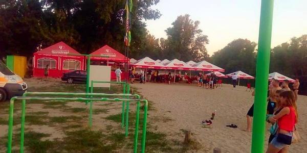На пляже в Полтаве застрелили мужчину и ранили ребенка