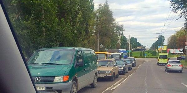 Вниманию водителей: в районе пивзавода затруднено движение