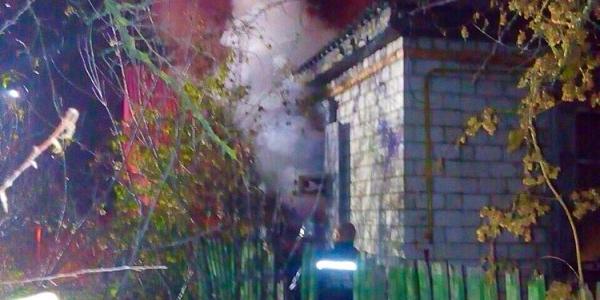 В Крюкові та Кременчуцькому районі горіли господарчі будівлі