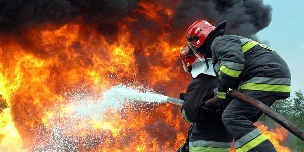 Пожежі ліквідовували майже дві години.