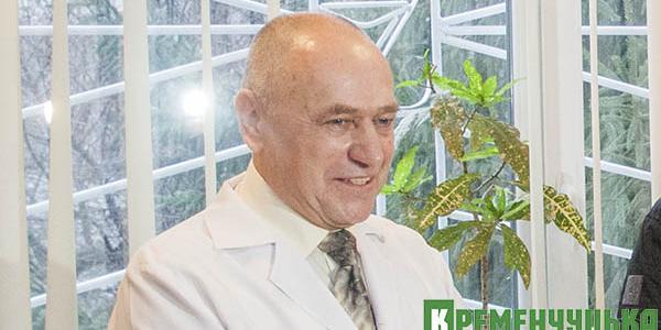 Главврача Кременчугского роддома Прокопчука городские власти хотят наградить за заслуги перед городом
