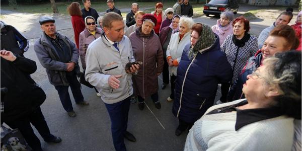 Малецкий – горожанам: «Если будет такая погода, как сегодня, то 15 октября тепла не ждите»