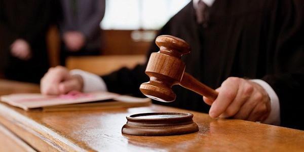 Після 4 років розгляду суд повернув прокуратурі обвинувальний акт по справі вбивства мера Бабаєва та судді Лободенка