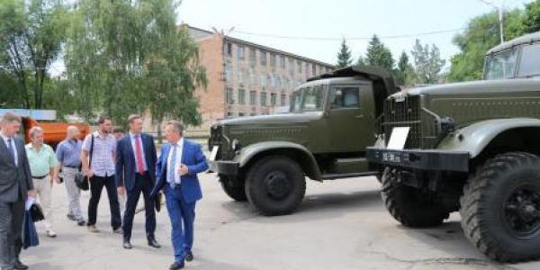 Кременчугский автозавод ждет молодое технически грамотное высококвалифицированное пополнение