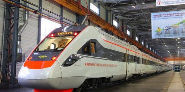 Ко Дню машиностроителя на Крюковском вагонзаводе погасят коллекционную марку