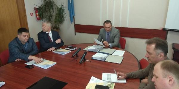 Засідання президії міської ради проходить без мера Кременчука