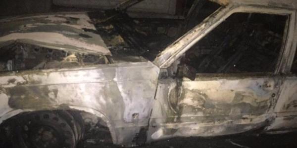 У провулку Бригадирівському вщент згорів автомобіль Volvo