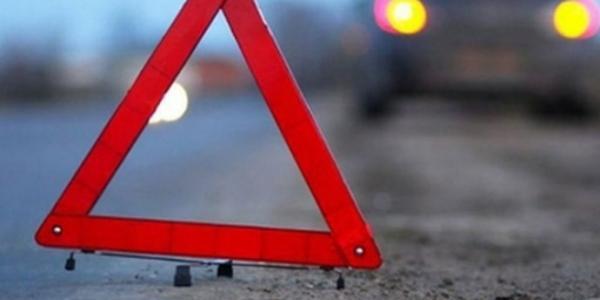 Під колесами автівки загинув велосипедист: особу не встановлено