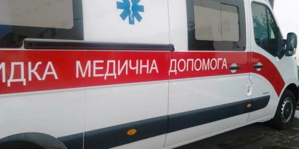 Чоловік упав з вагону - потрапив в лікарню