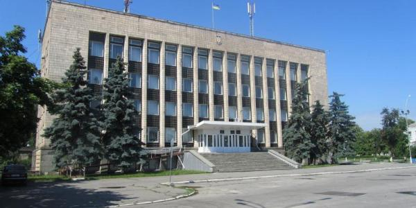 Депутати Кременчуцької райради ініціюють скликання 26 травня позачергової сесії і через ЗМІ скаржаться на Самаркіна