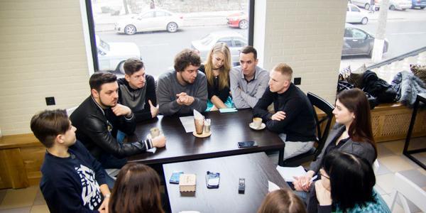 «На самом деле писать шутки – не есть весело»: команда КВН «Лукас» о новом составе, успехах и рабочих процессах