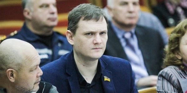 Е-декларація депутата-радикала Кременчуцької міськради Курченко-Гая: доходи зменшились у шість разів