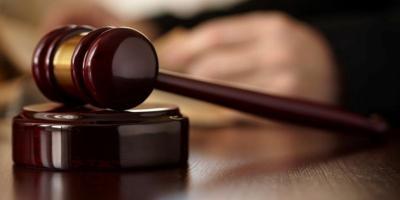 В Полтаве судят чиновника, «раздавшего» землю в садово-парковой зоне