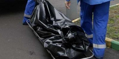 На Молодежном за закрытыми дверями нашли тело женщины