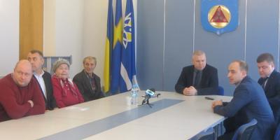 Виктор и Валентина Репины стали первыми жителями села Еристовка, получившими новое жилье