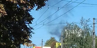 Черный дым испугал жителей Молодежного