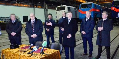 Жеваго принял у Приходько первую партию грузовых вагонов для FERREXPO
