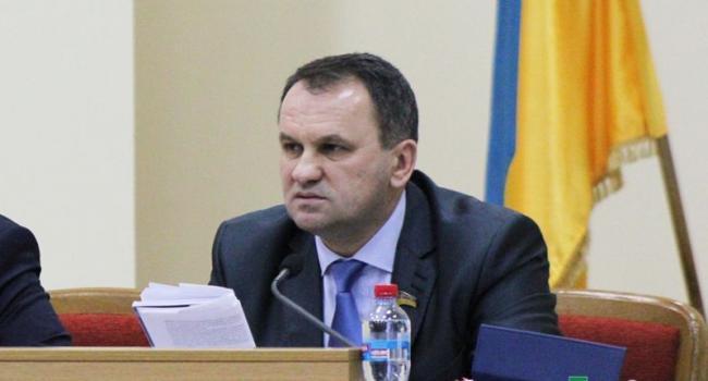 Секретарь горсовета не доволен, что депутаты и СМИ «наехали» на его протеже