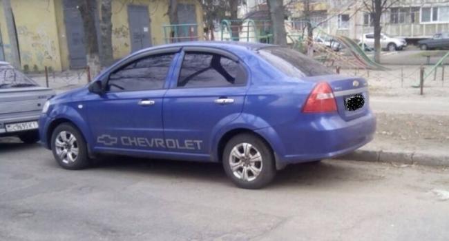 От кременчугских патрульных не уйдешь: полицейские задержали авто, которое скрылось с места ДТП