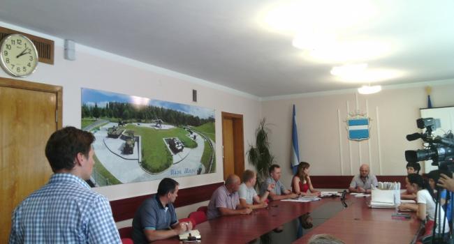 Жители Первой Занасыпи просят депутатов сдержать обещание и не помогать застройщику