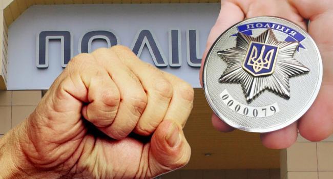 Кременчужанин VS патрульная полиция: кто, кого, и как бил?