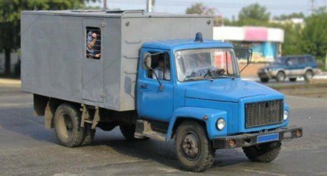 СИЗО в Кобеляках на ремонте – Мельника и Ко на суд ежедневно возят из Полтавы