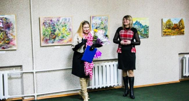 Кременчугская художница показала свою «Историю любви»