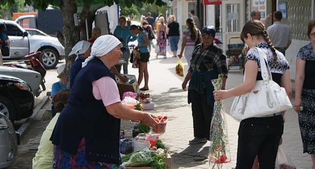В Кременчуге легальные рынки готовы снизить для бабушек стоимость местового