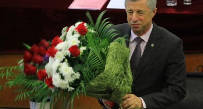 Ученый совет кременчугского вуза предлагает присвоить «Почетного» своему ректору