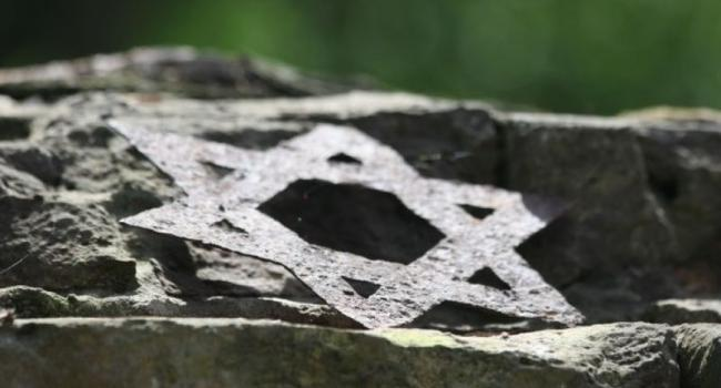 В Кременчуге подожгли гробницу дочерей рабби Нахмана