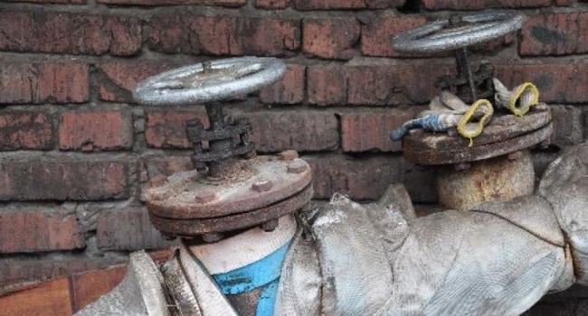 Жители двух жилых домов на Молодежном остались без холодной воды