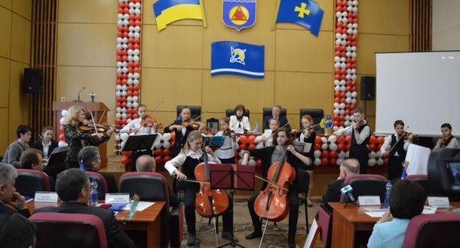 Город Комсомольск скромно отмечает 55 лет