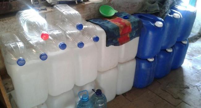 В Кременчуге продавали «паленку» в таре от минеральной воды