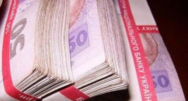 Погорельцу Щербакову снова дадут денег на ремонт сгоревшего дома