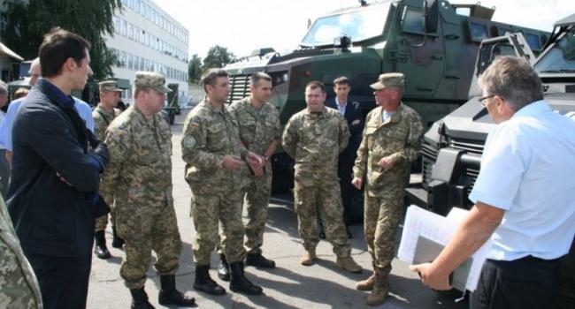 КрАЗ провел двустороннее совещание с офицерами ВС Украины